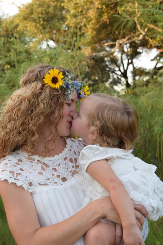 Maddie Maternity Kayla kissing Emma 9-7-15